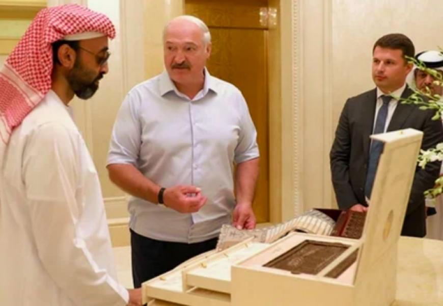 Президент Беларуси обсудил работу над искусственным интеллектом в ОАЭ